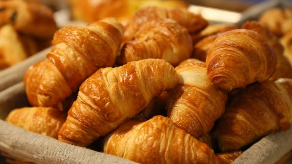 online French class croissants